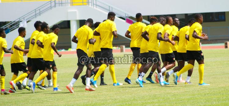 Équipe des Éperviers du Togo à l'entraînement au stade de Kégué